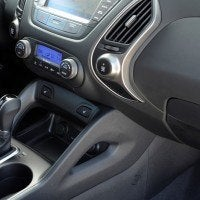 2014 Hyundai Tucson interior (5)