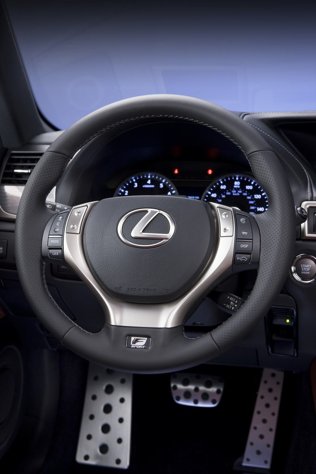 2014 Lexus GS350 F Sport cockpit