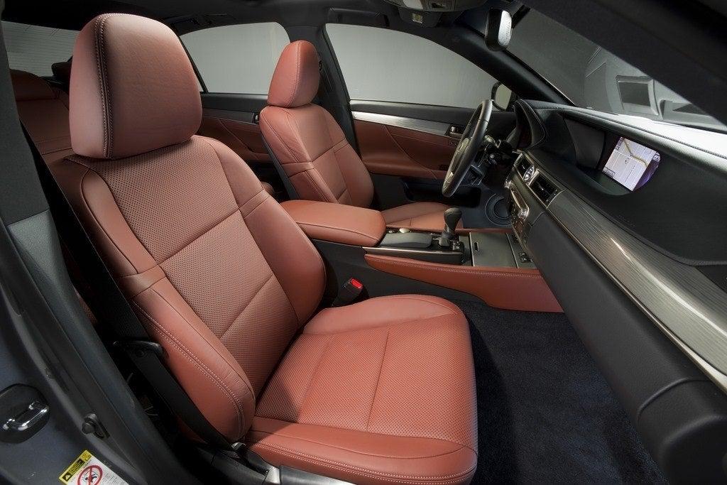 2014 Lexus GS350 F Sport front seats
