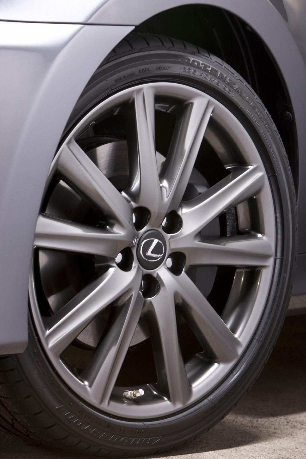 2014 Lexus GS350 F Sport wheel