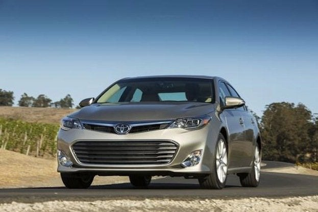 2014 Toyota Avalon front