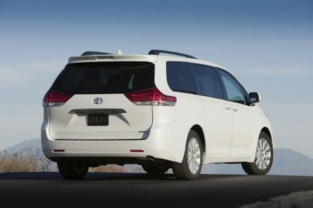 2014 Toyota Sienna rear