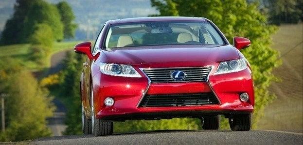 2014 Lexus ES 300h Hybrid Review