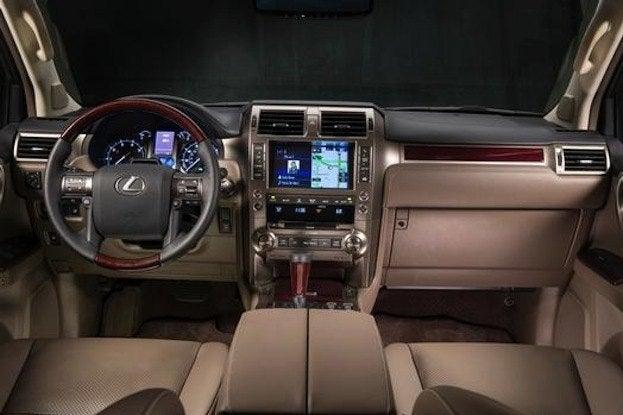 2015 Lexus GX460 cabin