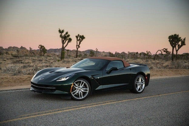 2015 Chevrolet Corvette Stingray front quarter
