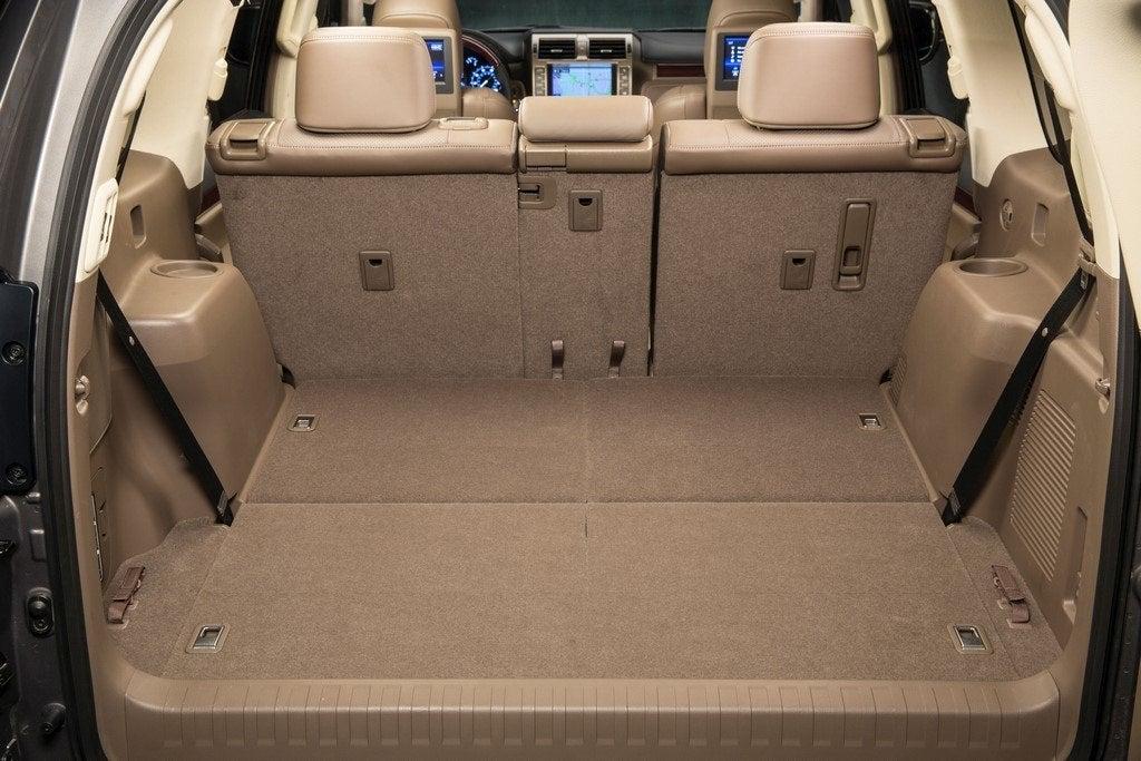 2014 Lexus GX 460 rear seats down