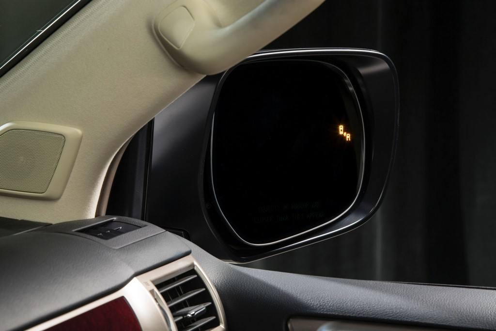 2014 Lexus GX 460 wide mirror