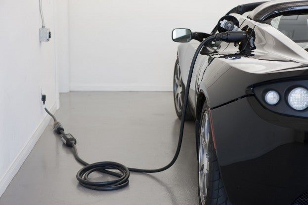 Roadster 2.5 charging