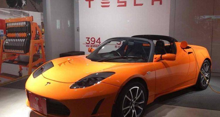 Tesla Roadster Autoshow
