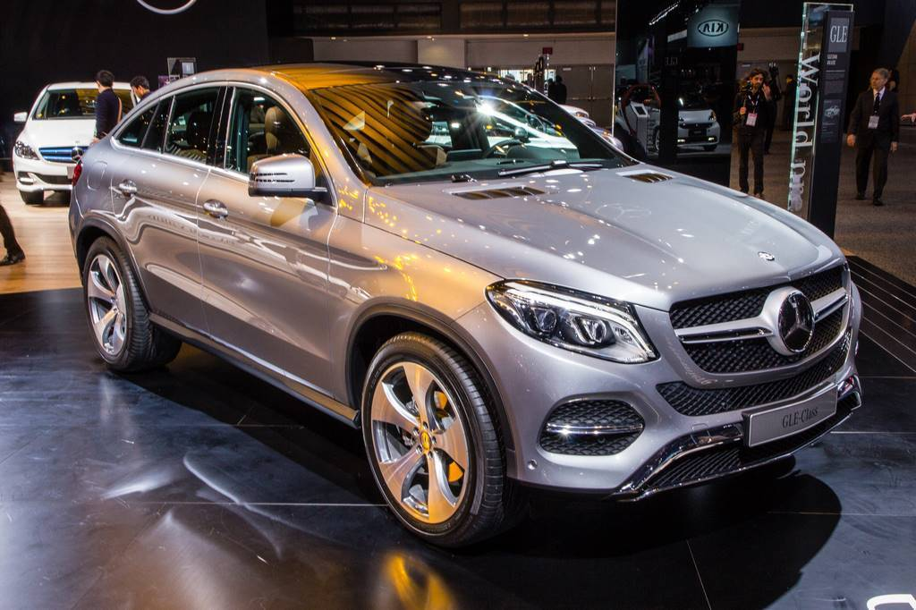 2016 mercedes GLE detroit frontside