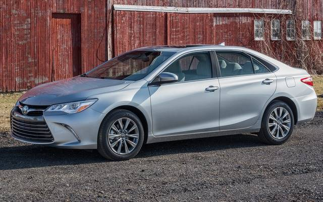 2015 toyota camry xse 4 cylinder review. Black Bedroom Furniture Sets. Home Design Ideas