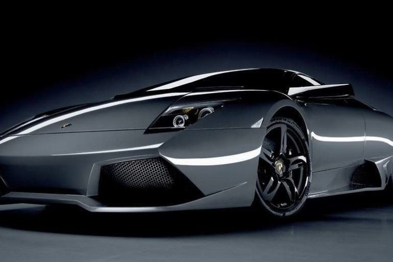 Lamborghini LP640 front