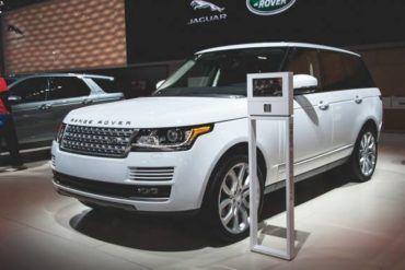 White 2016 Land Rover Range Rover Diesel