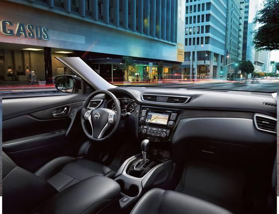 2015 Nissan Rogue cabin