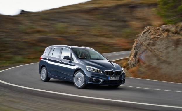 2016-BMW-220d-Gran-Tourer-xDrive-Euro-spec-101-876x535
