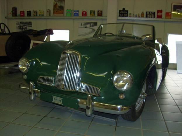 Aston_Martin_2_Litre_1950