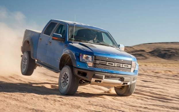 Ford F150 SVT Raptor blue
