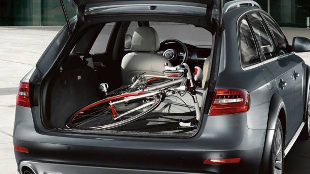 2015-Audi-allroad-cargo space