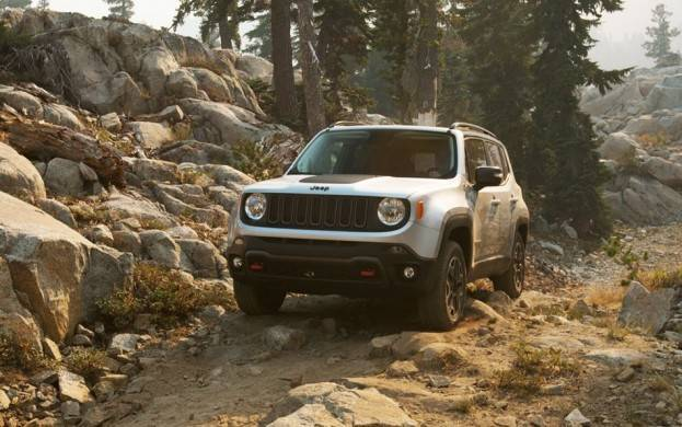 2015 Jeep Renegade Trail Hawk Front Fascia