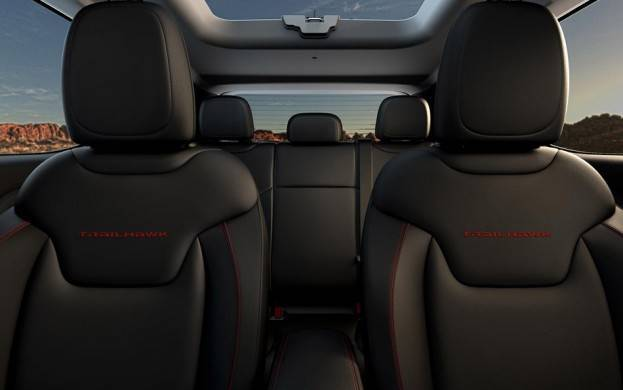 2015 Jeep Renegade Trail Hawk First and Second Row Seats