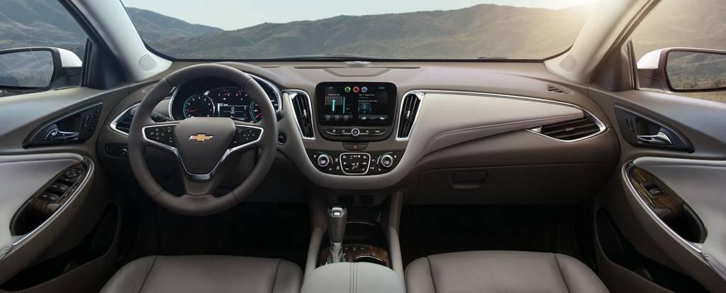 2016-Chevrolet-Malibu-004