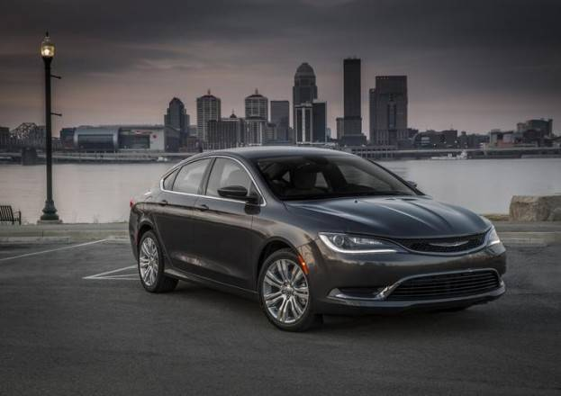 Chrysler 200 #4