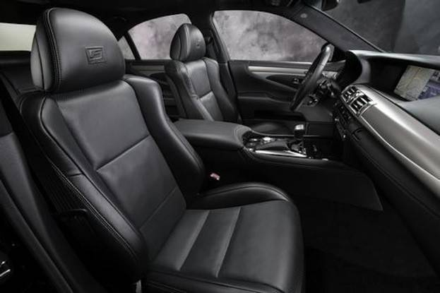 Lexus LS 460 cabin