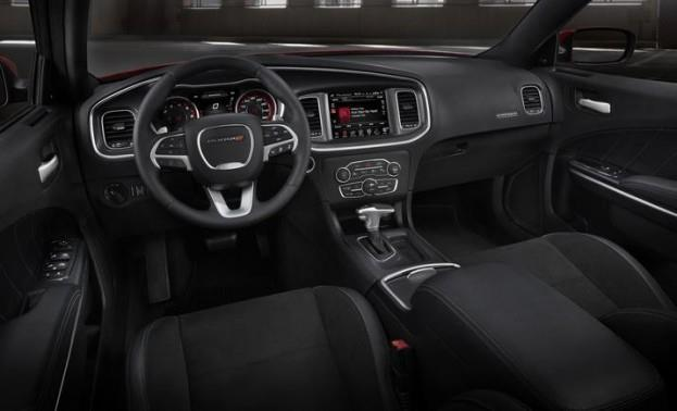 2015 Dodge Charger SXT cabin