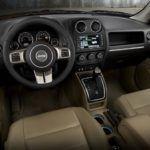 2015 Jeep Patriot cabin