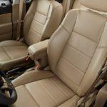 2015 Jeep Patriot seats