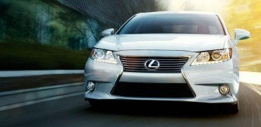 2015-Lexus-ES-hybrid-exterior-front-driving-starfire-pearl-overlay