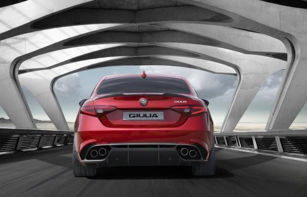 2017 Alfa Romeo Giulia Quadrifoglio Verde Rear Fascia