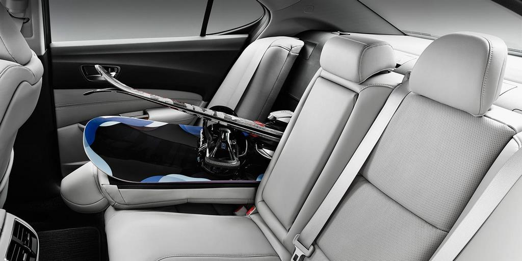 2015 tlx interior v 6 with technology package and graystone interior seatback down w skis