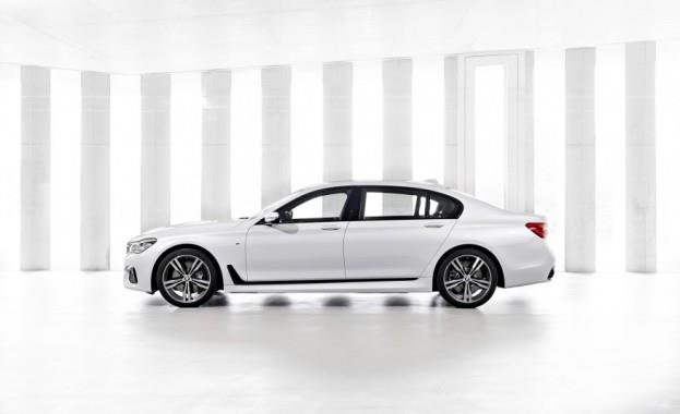 2016 BMW 7-Series M Sport Left Side Profile