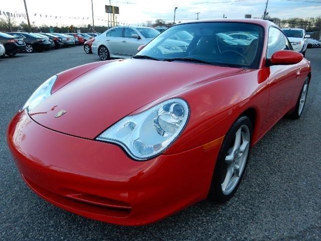 Red Porsche 911/996