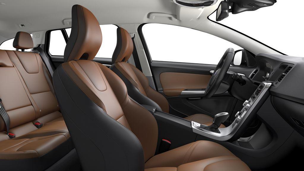 Volvo V60 Passenger Side 3