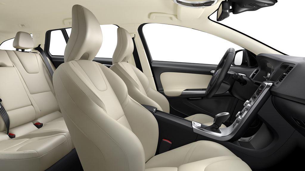 Volvo V60 Passenger Side