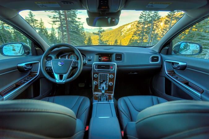 Volvo V60 cabin