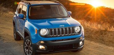 2015 Jeep Renegade on the trails at sunset