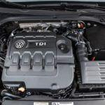2015 Volkswagen Golf SportWagen 137 876x535