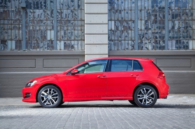 Car Paint Colors >> 2015 Volkswagen Golf TSI SE Review
