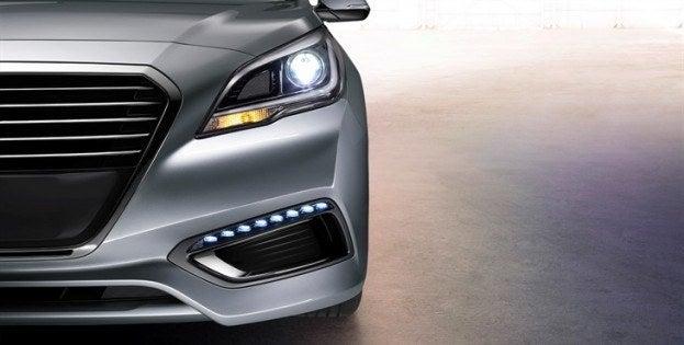 2016 Hyundai Sonata Hybrid headlight