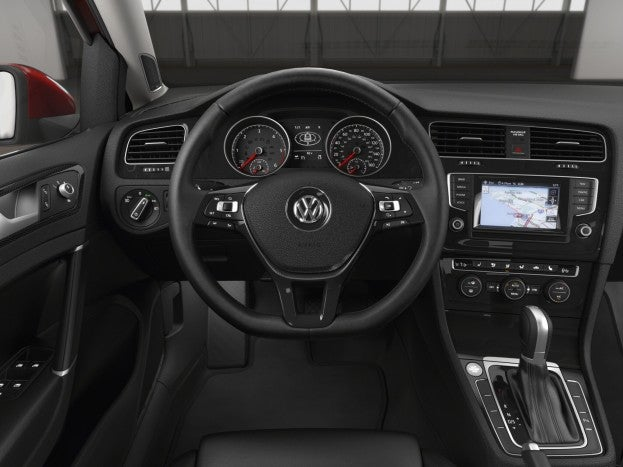 2015 VW Golf Sportwagen Dashboard