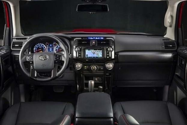 2015 Toyota 4Runner 4X4 TRD PRO cabin