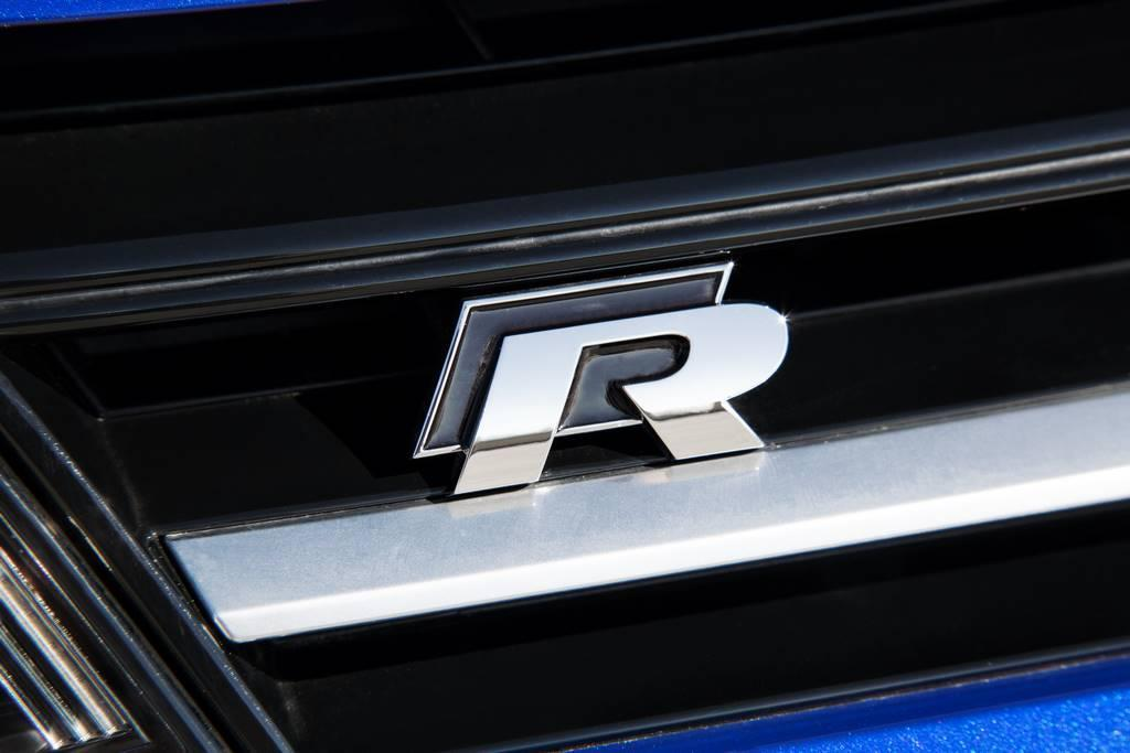 2015 VW Golf R badge