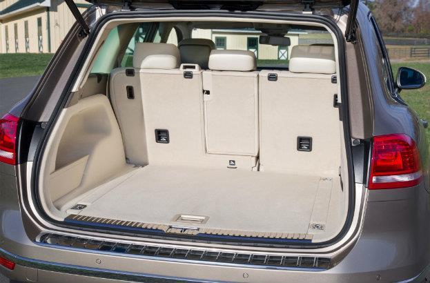 2015 VW Touareg Rear