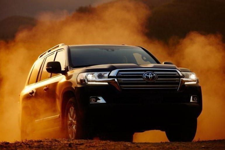 2016 Toyota Land Cruiser 107 876x535