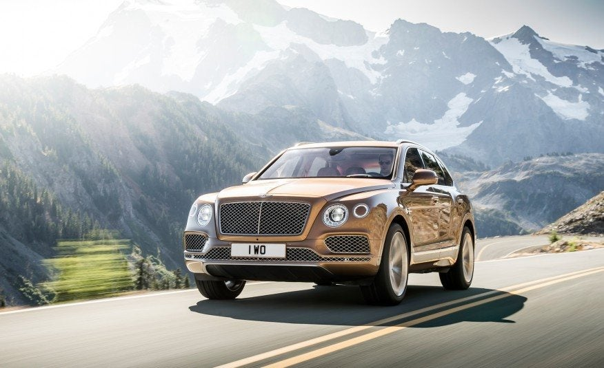 2016 Bentley Bentayga Left Front Three Quarters
