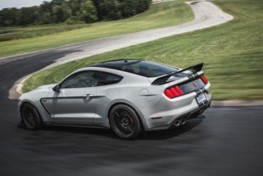 First Look: 2016 Ford Shelby GT350 and GT350R Mustang 20