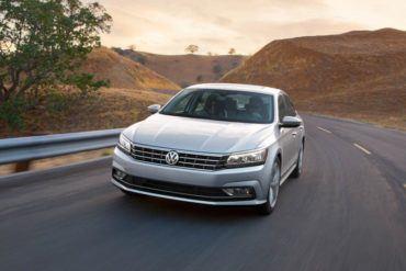 2016 Volkswagen Passat 101 876x535